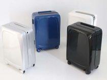 ovis_ai_powered_side_follow_smart_suitcase